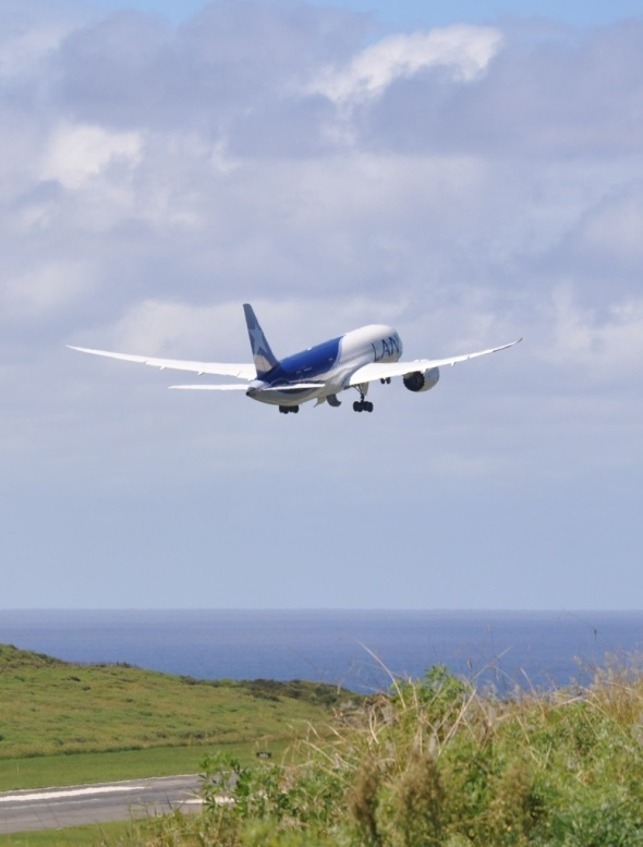 Boeing Dreamliner takes off to begin its five hour journey back to Santiago on the mainland