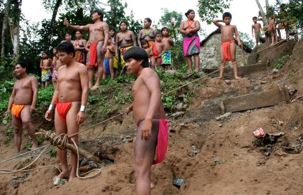 Embera Puru villagers meeting our boat