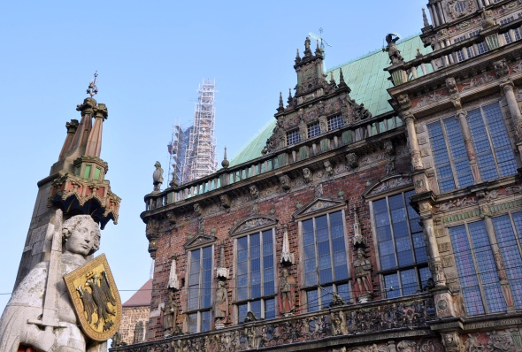 Roland and the Rathaus