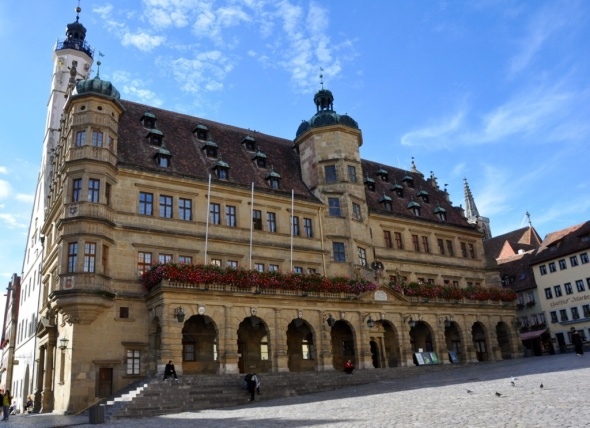 The Town Hall dates from 1250, Gothic style at the rear and Renaissance at the newer front of the building pictured here
