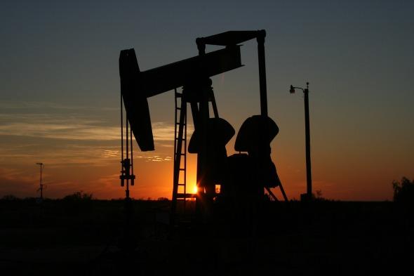 oil-106913