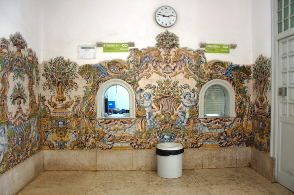TILED TICKET OFFICE SINTRA
